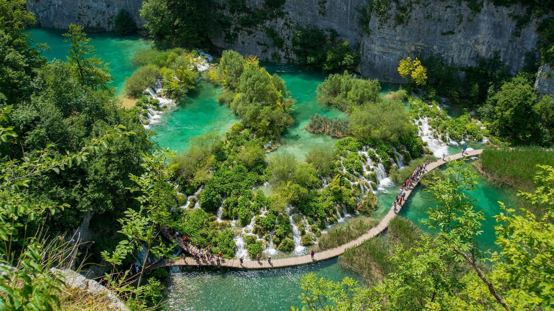 Plitvice Lakes NP - Adriatic Sea | Croatia Cruise Croatia Cruise