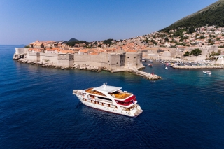 Equator | Croatia Holidays